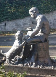 RLS statue compd